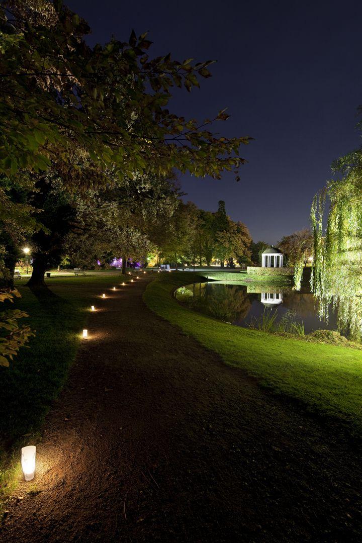 Parc De L Orangerie Promenades Nocturnes L Acte Lumiere Eclairage Exterieur Eclairage De Jardin Jardin De Nuit