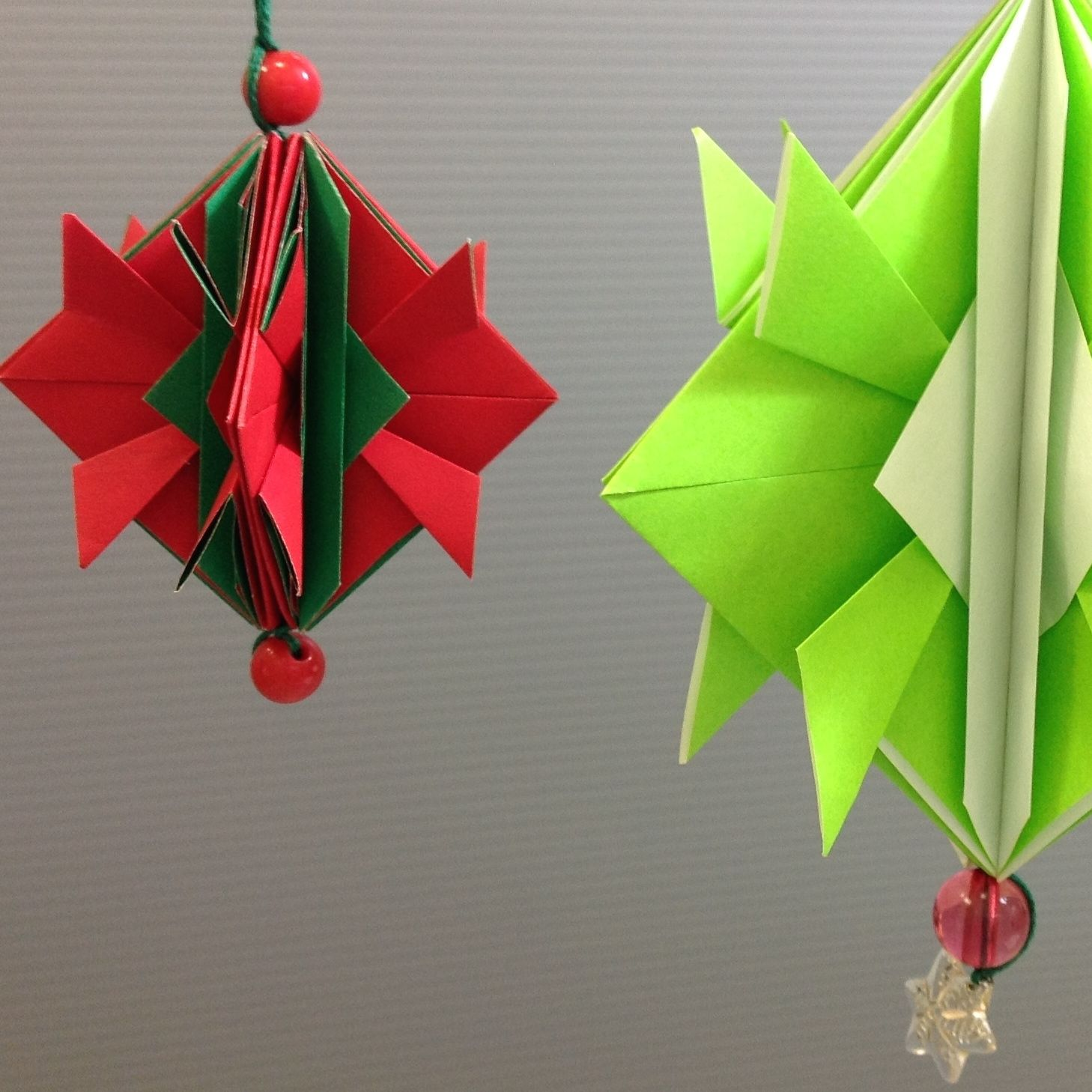 Easy Origami Christmas Ornament Decoration Tutorial Origami Christmas Ornament Origami Christmas Tree Origami Easy