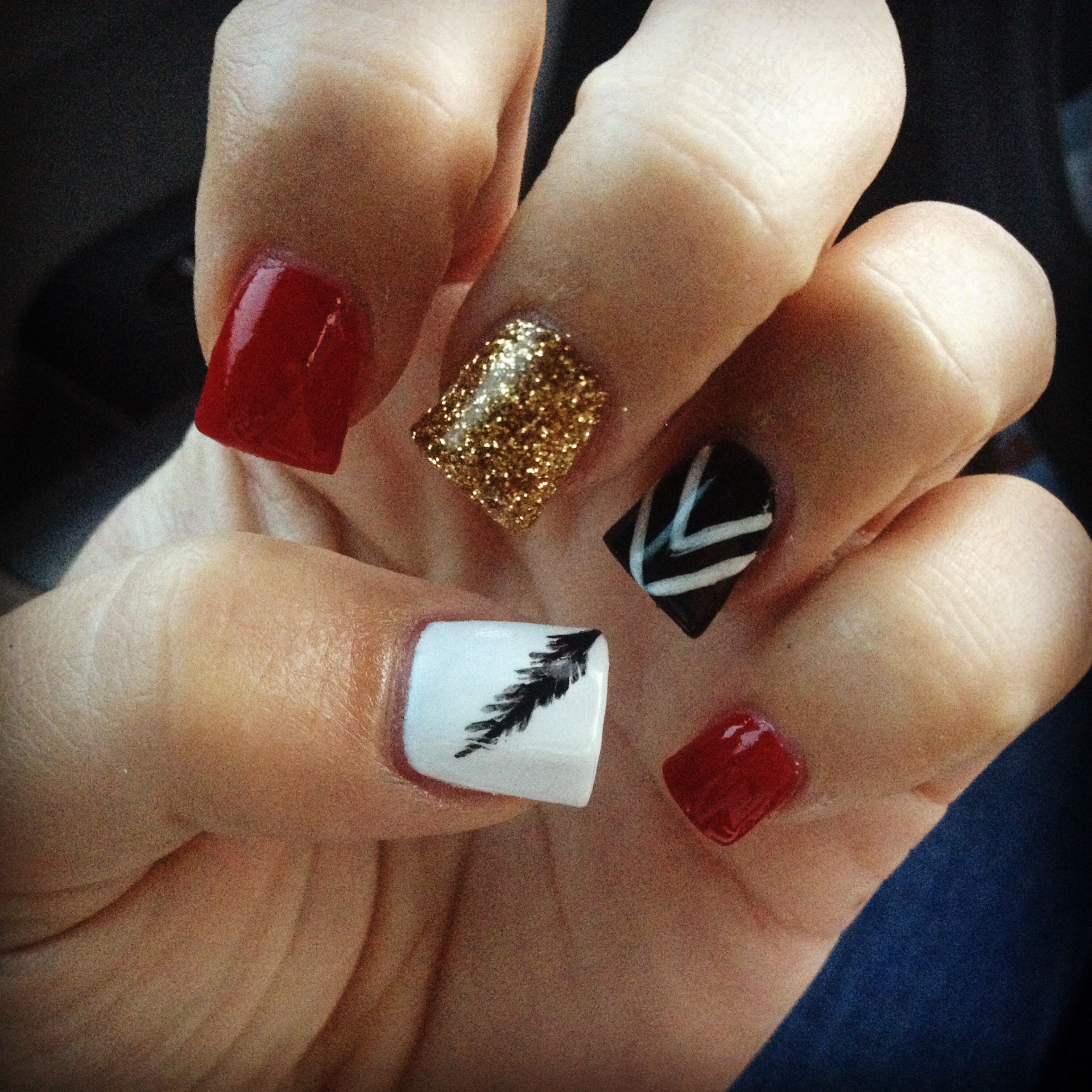 Love my cute nail design! Feather nails | nails | Pinterest ...