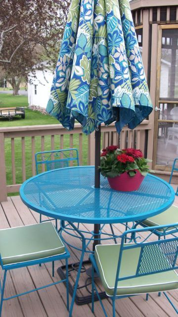 We Are Painting Our Patio Furniture This Color Rustoleum Lagoon It S The Perfect Pop