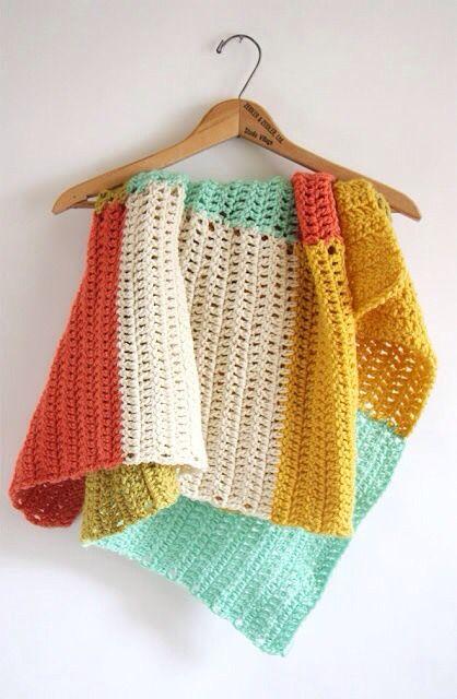 Crochet summer throw blanket: Found here!