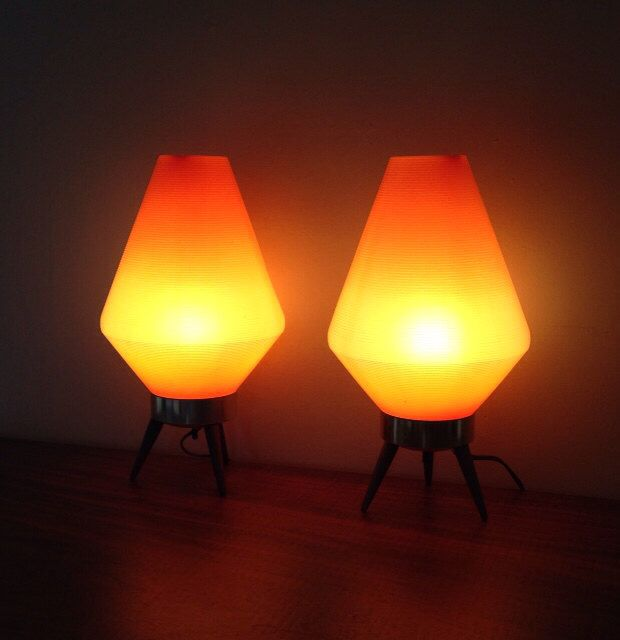 Atomic Beehive Lamp Retro Orange by Funfinds4u2 on Etsy https://www.etsy