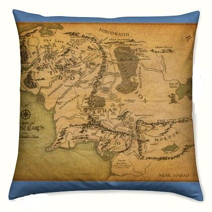 Pin By Isabella Gouge On Just Geeky Pinterest Middle Earth Map