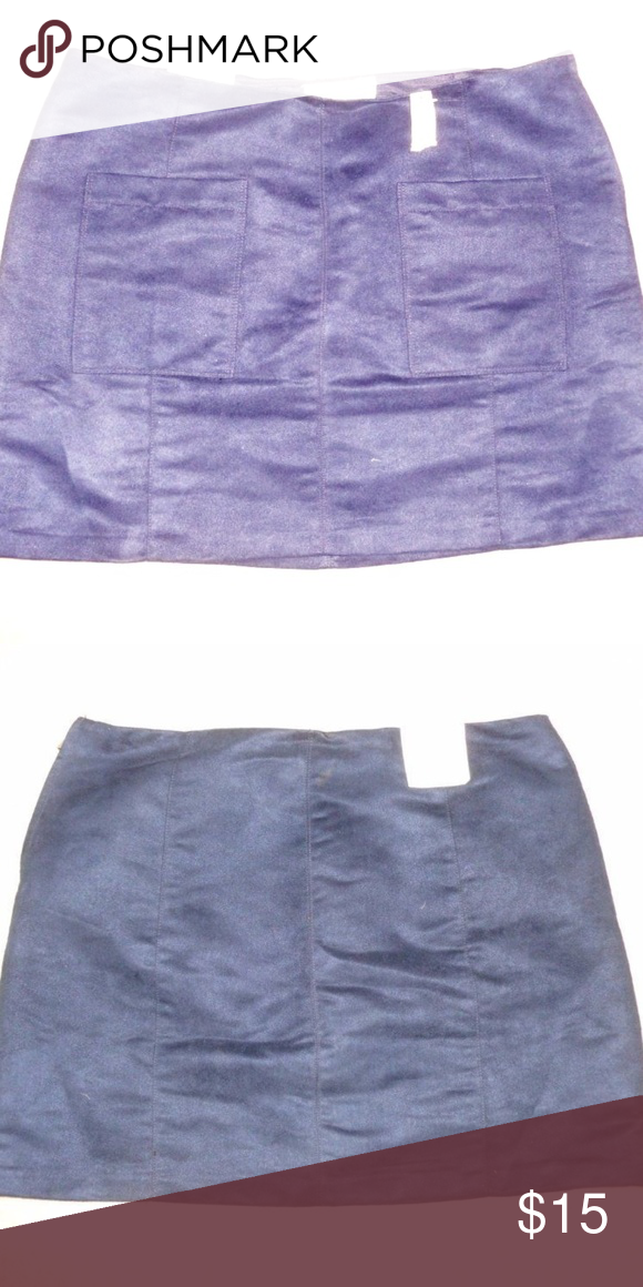 847063697f3 Old Navy Dark Blue Faux Suede Mini Skirt The photos do not do this  beautiful skirt justice! It has a side zipper and two front pockets.