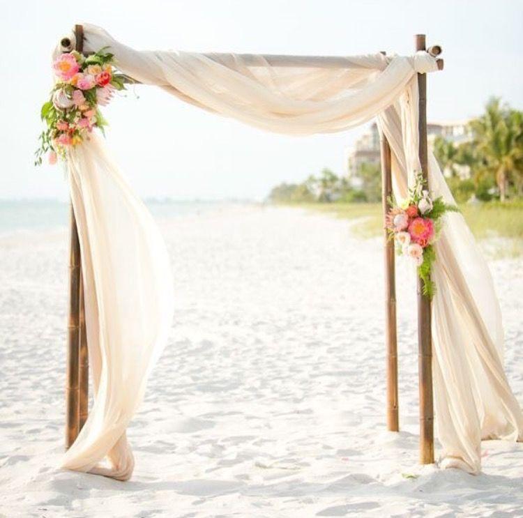 épinglé par Sara Huitt sur Wedding Floral Pinterest