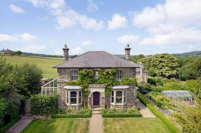 Our latest #Yorkshirepropertyoftheweek, Hebden Lodge, is on the market with Verity Frearson Estate Agents and is this gorgeous property near #Harrogate! Check out the design team's blog on its best features here: http://bit.ly/1gUVgAW