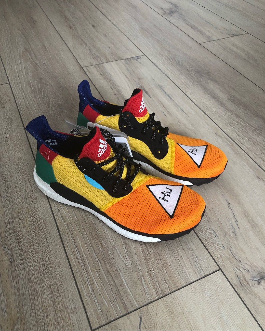 PreviewPharrell x Williams EU adidas ST Solar Hu Glide 8On0Nvmw