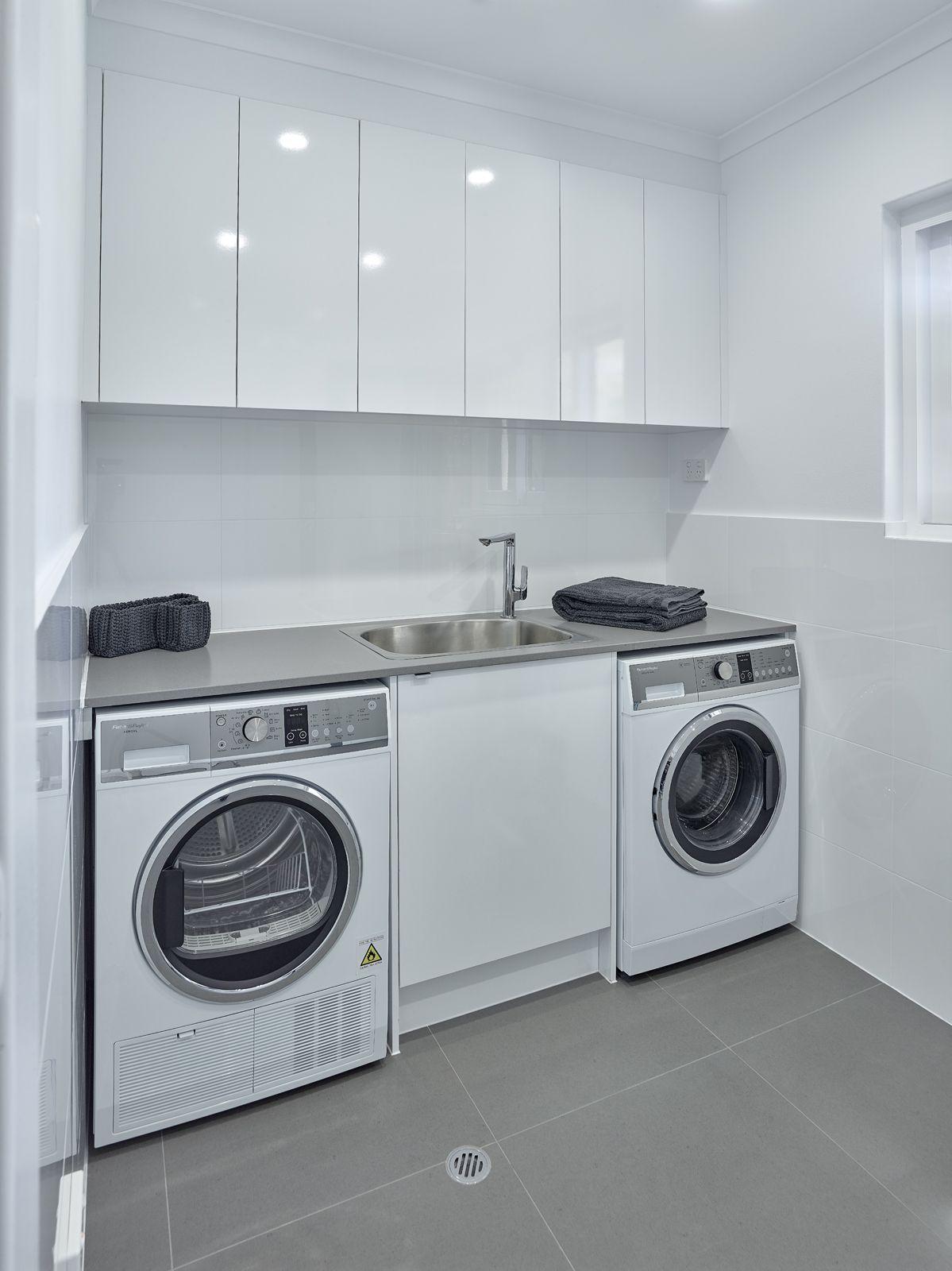 Simple Yet Versatile Laundry Design Brilliantsa Laundry Renovation Washinmachine Dryer Sink Troug Laundry Room Design Laundry Design Laundry Room Decor