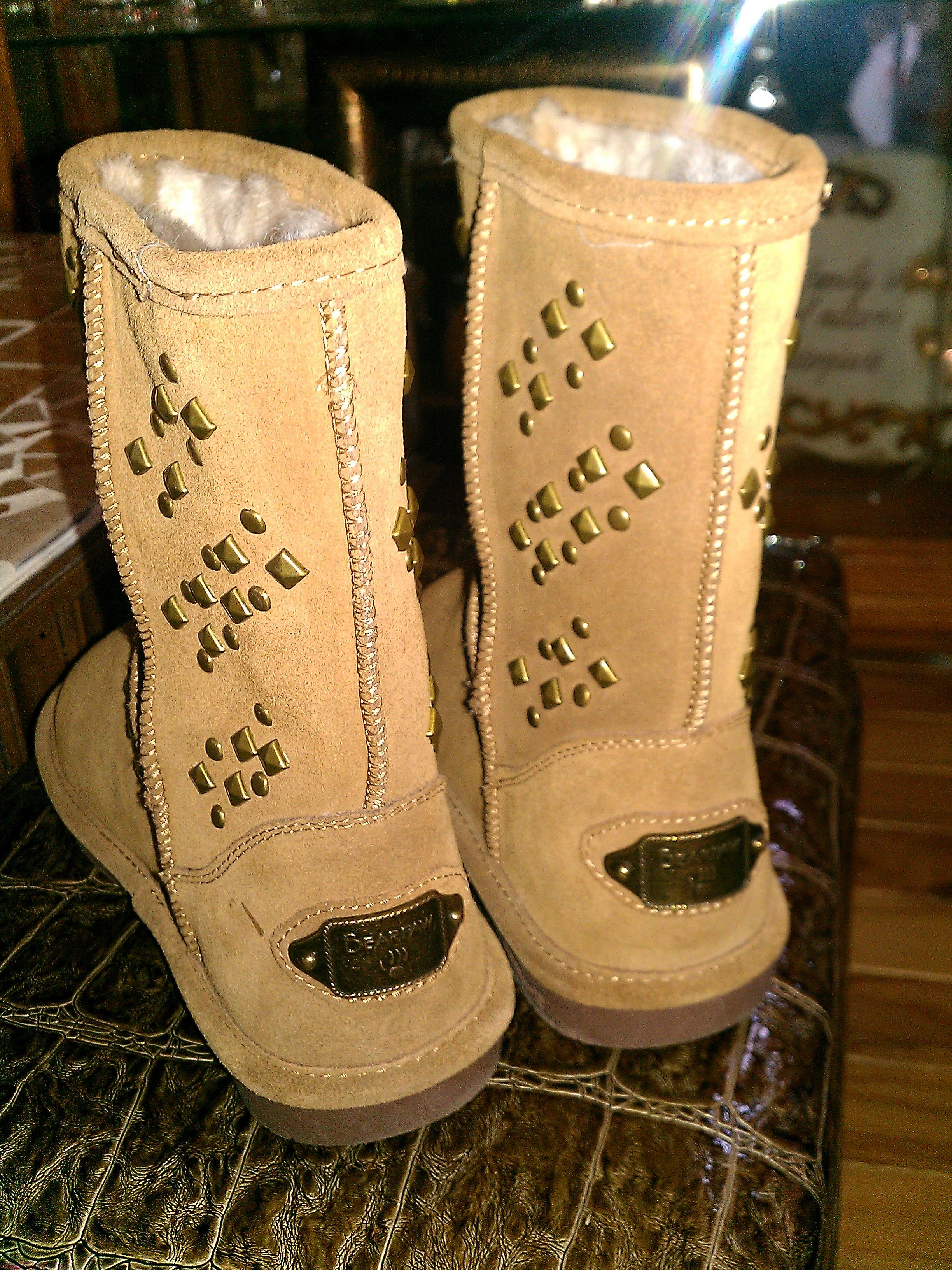 Bearpaw boots, Boots, Shoe boot sandals