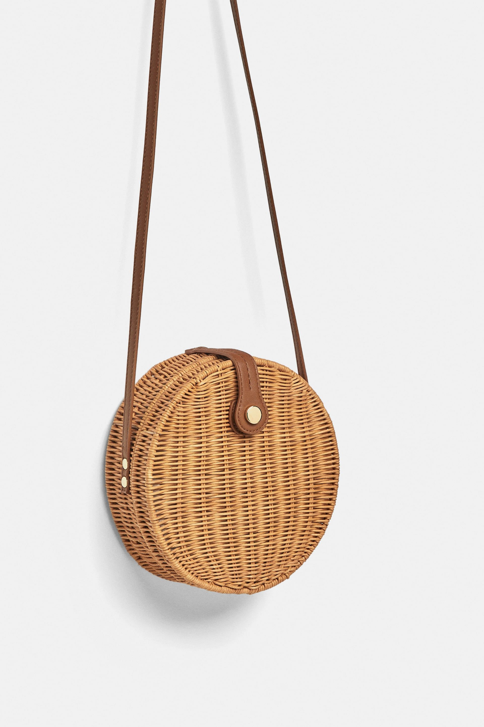 f195a69cc4 Round raffia crossbody bag | I wear this. | Crossbody bag, Bags ...