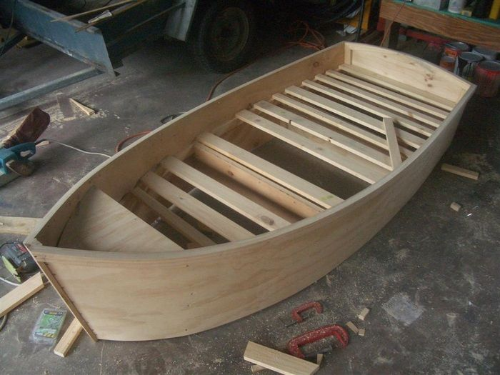 Plans for building one kids single boat bed. For more ...