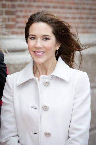 March 18, 2014 Crown Princess Mary and First Lady Hayrünnisa Gül visited the Women Shelter Danner Stiftelsen