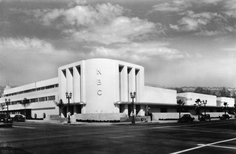 1938 An exterior view of NBC's studio, Hollywood Radio
