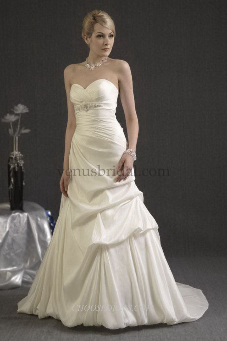 Angel and Tradition by Venus Bridal Style - At4477 | Women Fashion ...