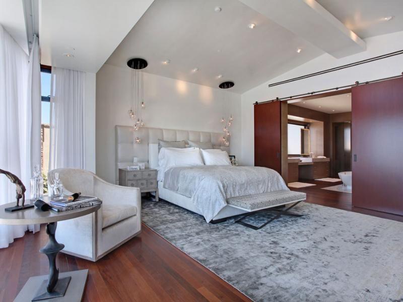 White Modern Bedroom Grey Rug Barn Style