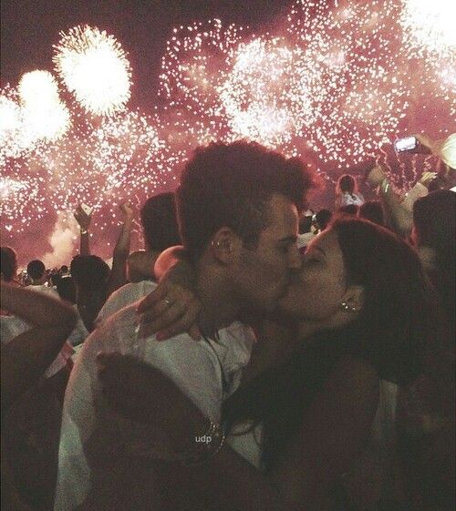 Kiss Me Under The Fireworks Fireworks Pictures Relationship Goals Pictures New Year Pictures