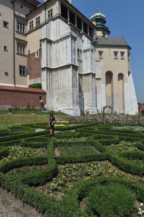 Królewskie ogrody na nowej trasie zwiedzania Wawelu - Poland