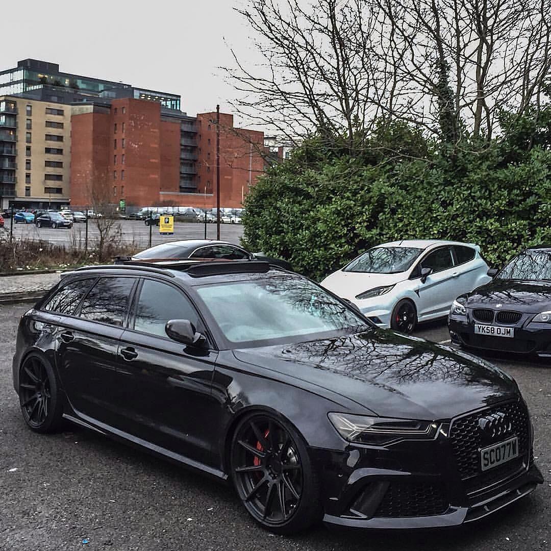 Sinister Black Audi Rs8 Showing Off Audi Rs8 Black Car Ride