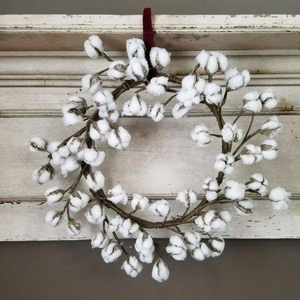 Christmas Dining Room Ideas To Add A Flourish To Christmas: Glitter Cotton Wreath For Farmhouse Or Weddings