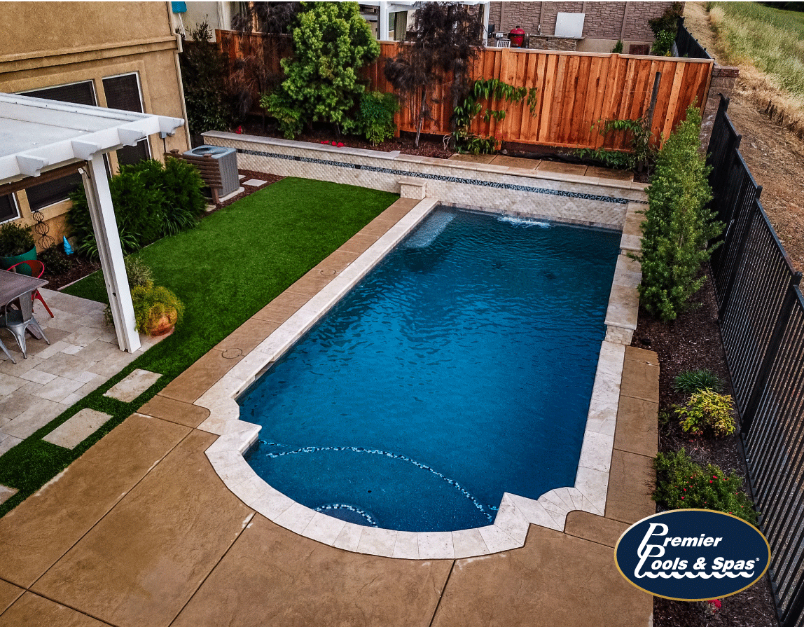 Cl Up Your Pool Design With A Roman Style