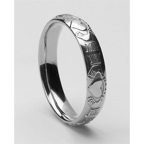 Gold Ladies Claddagh Wedding Ring LG-WED15