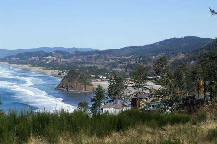 Neskowin  pass view   on Oregon Coast