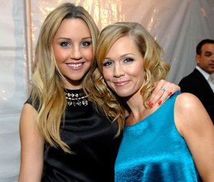 Paging Amanda Bynes Jennie Garth Would Like A Word With You With