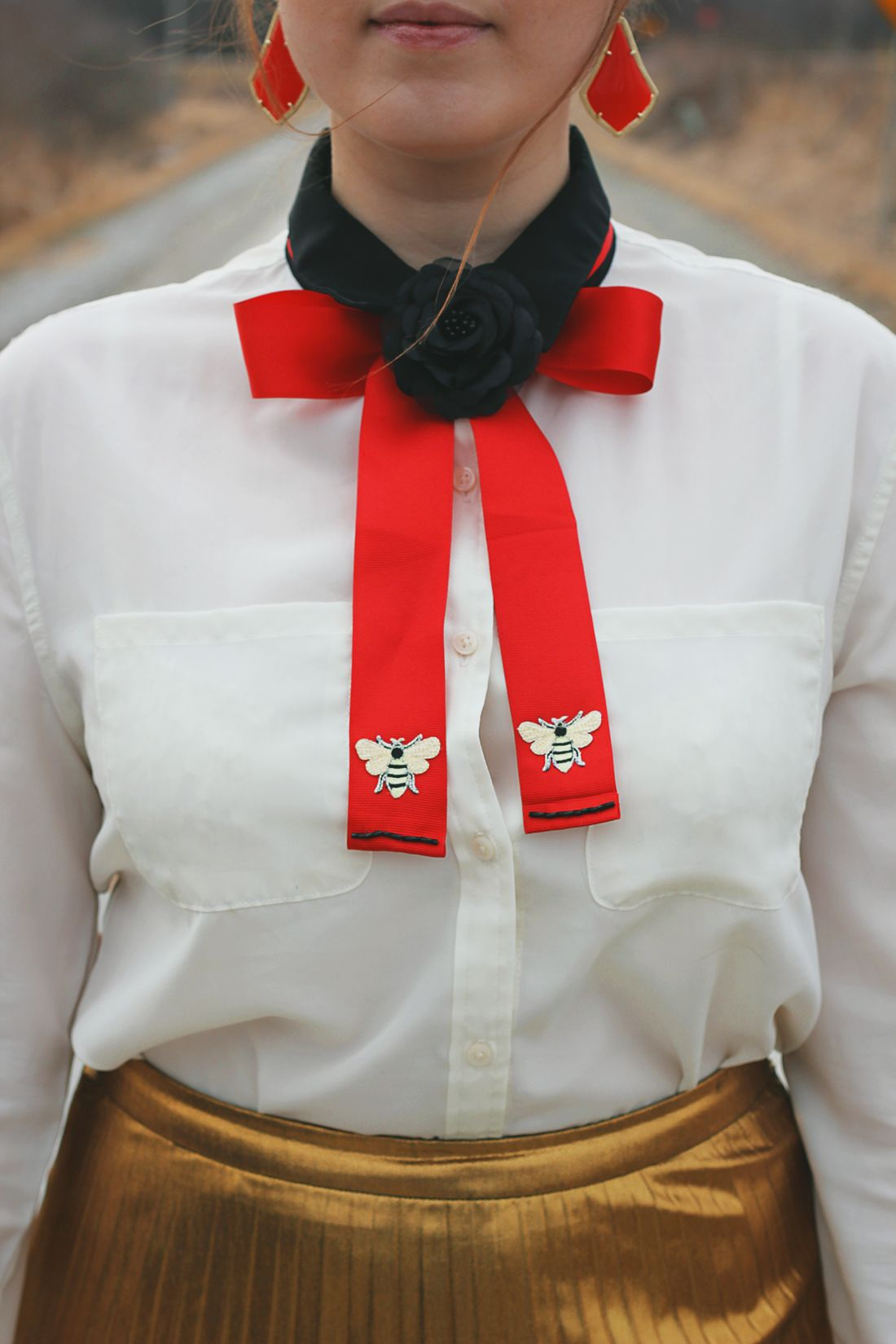 c5e4a03c1fa Try this easy 30-minute DIY Gucci-inspired bow tie finished with playful  embroidered bee patches and a cute flower brooch.