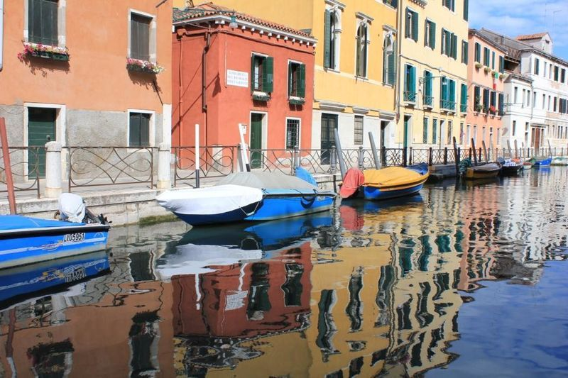 Beautiful Venice canal.  Our program of Venice Tours also includes Private Venice Walking Tours and Private Venice Boat Tours. All our Venice Tours are led by licensed expert Venice tour guides and inlcude skip the line tickets for the must-see sights of Venice.