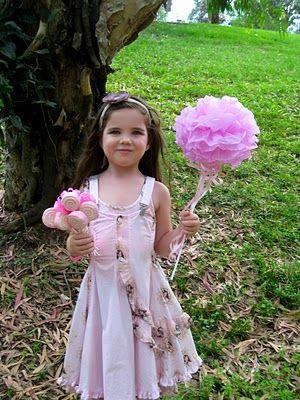 tissue paper flower wand #cakepopbouquet