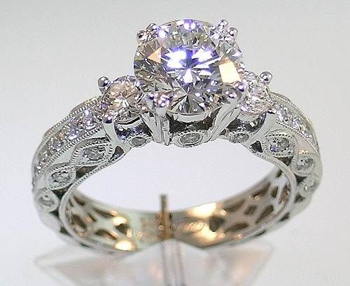 Most Beautiful White Gold Wedding Bands For Women 2017 1
