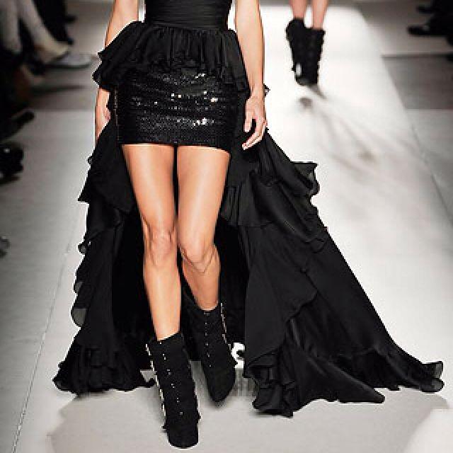 Hot skirt & shoes