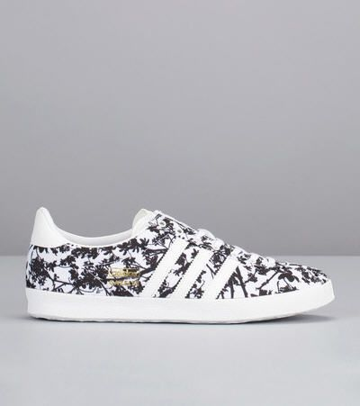 Sneakers imprimées fleurs Gazelle Blanc Adidas Originals - Baskets Adidas  Monshowroom - Iziva.com