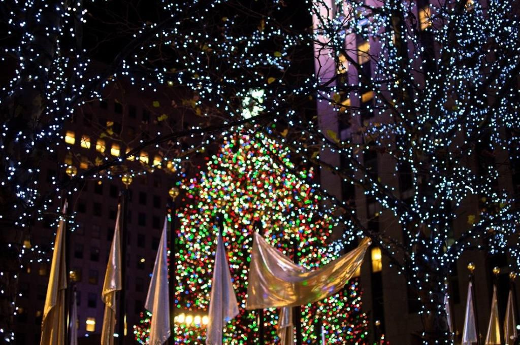 Rockefeller Center Christmas Tree (New York City) All