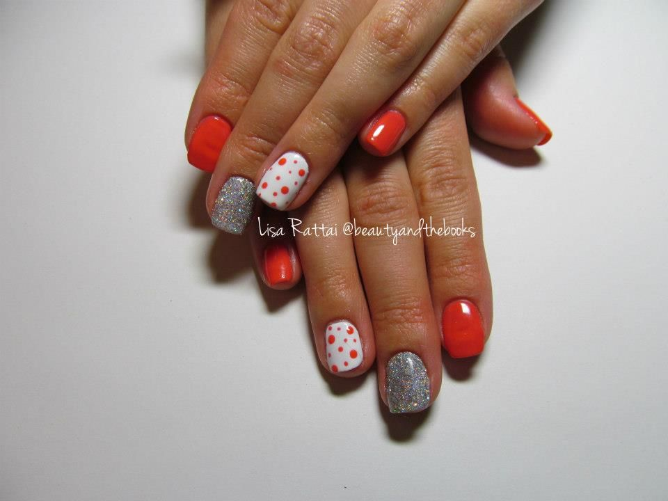 Tropix Shellac A Coral With Polka Dots And A Rainbow Silver