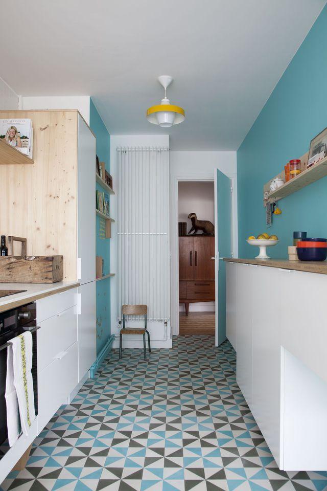 Deco Cuisine Mettre De La Couleur Dans Sa Cuisine Murs Bleus - Carrelage mural cuisine avec motifs pour idees de deco de cuisine