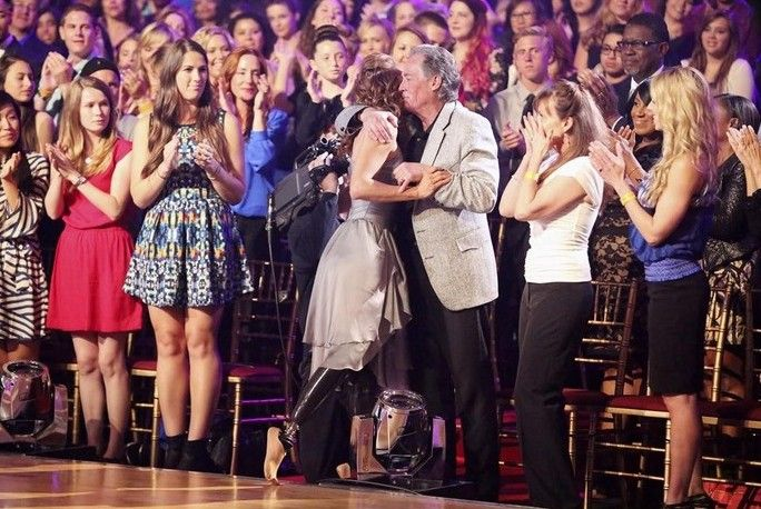 Amy hugging her father after her performance (week 3) #DWTS18