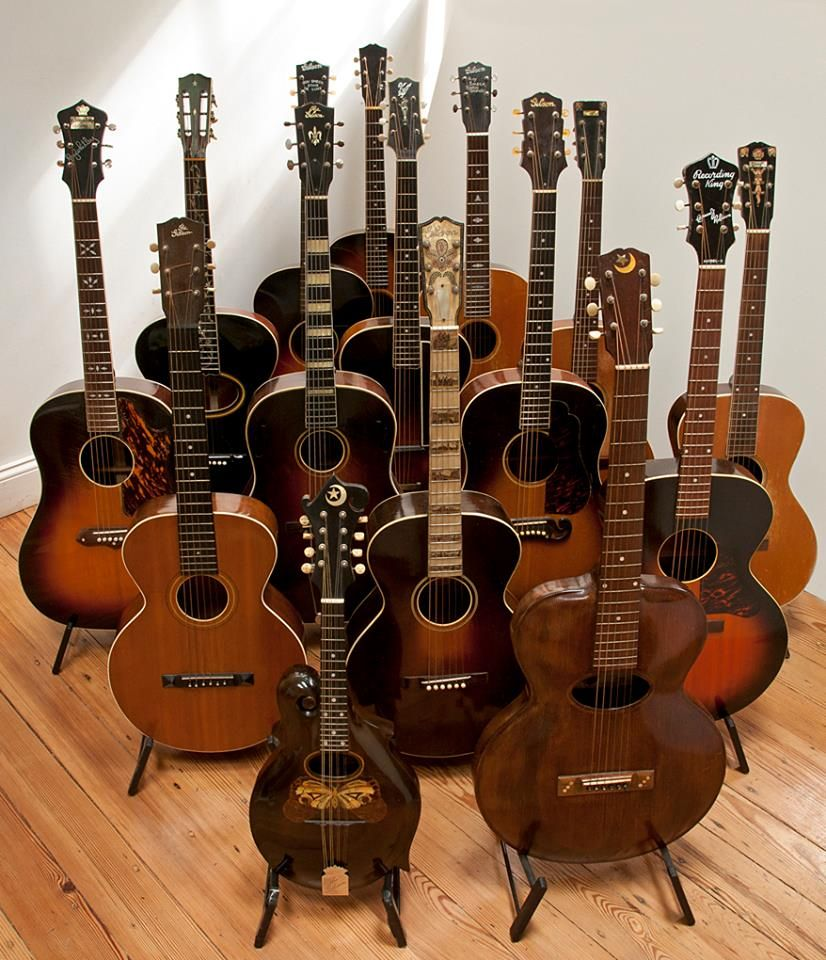 Guitars Guitars And More Guitars Vintage Guitars Guitar Mandolin
