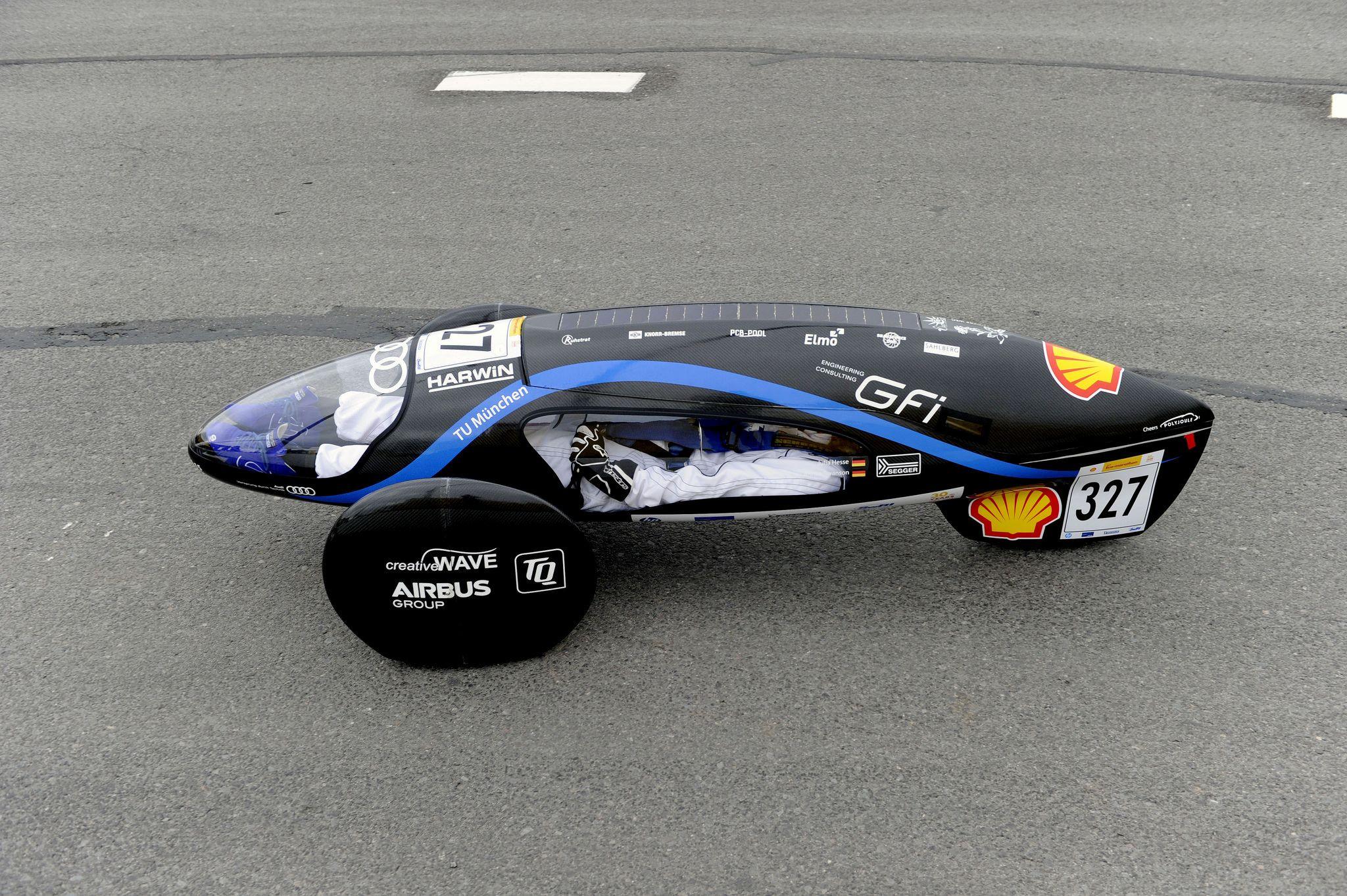Shell eco marathon europe 2015 competition day 2 the eli15 327