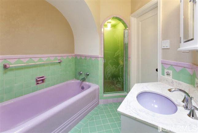 Green Bathroom Vintage Bathrooms, Purple And Green Bathroom Decor