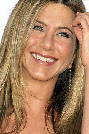 Jennifer Aniston #Beautiful #Smile #Celebrities   Jennifer aniston, Jennifer aniston photos, Jeniffer aniston