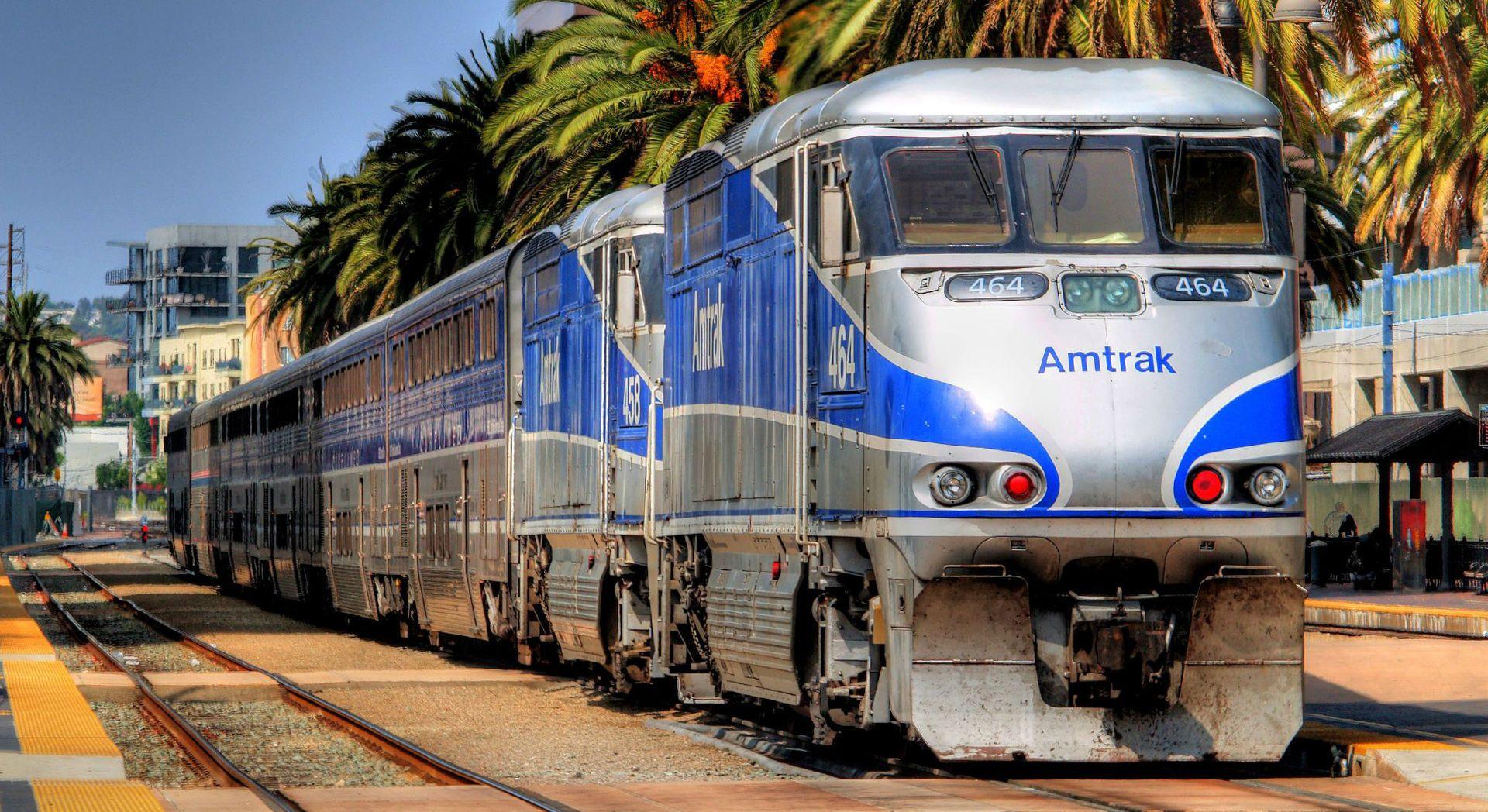 Amtrak Train Wallpaper