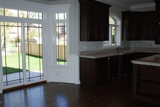 481 West Second Avenue, Elmhurst, IL molding on windows