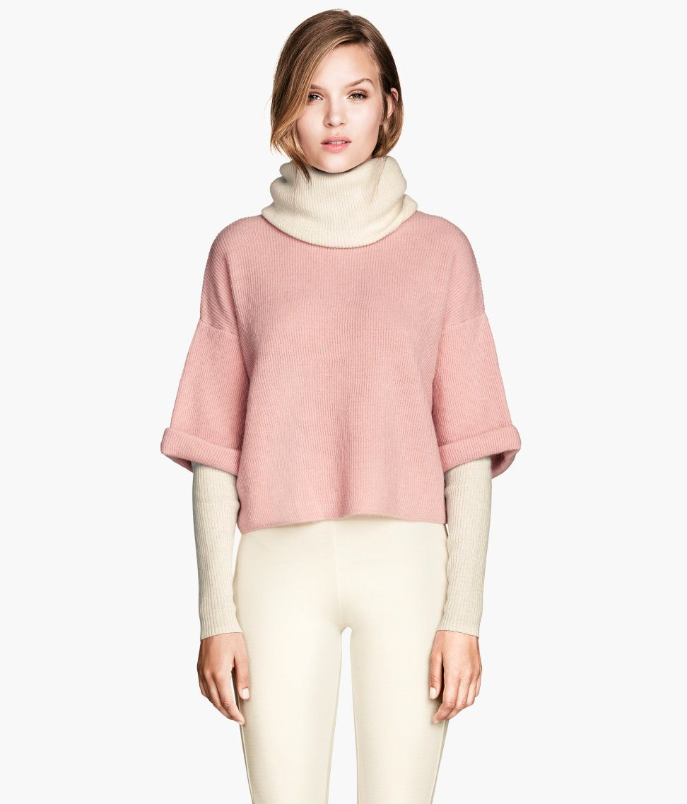 Light pink knit sweater with double-layer turtleneck. #HMPastels