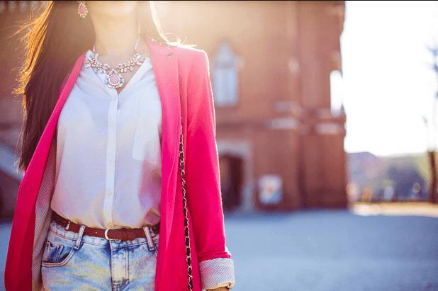 ملابس نسائية لون زهري وردي من بين الالوان الجميلة اللون الزهري هو لون الانوثة من بين اجمل التشكيلات واكثرها سحرا وا Early Spring Outfits Spring Outfits Fashion