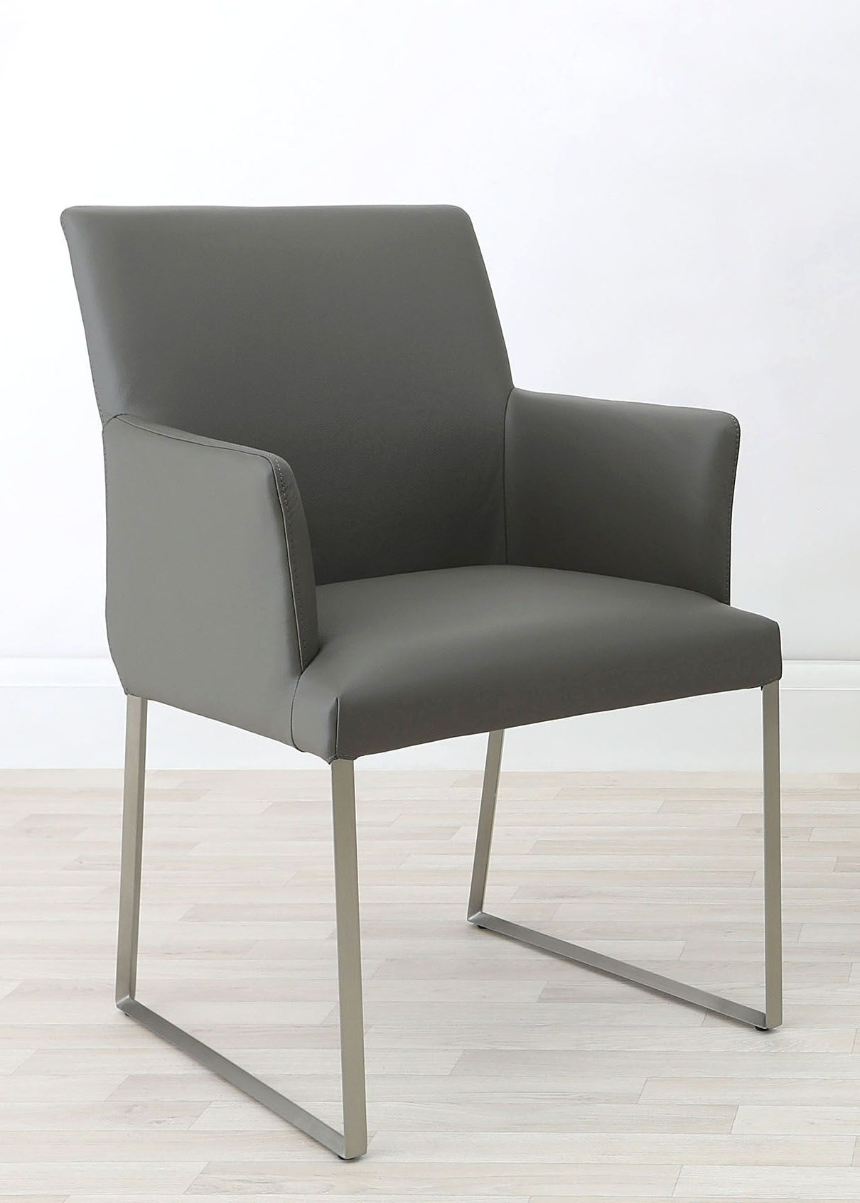 Super Monti Real Leather Armchair In 2019 Danetti Modern Machost Co Dining Chair Design Ideas Machostcouk