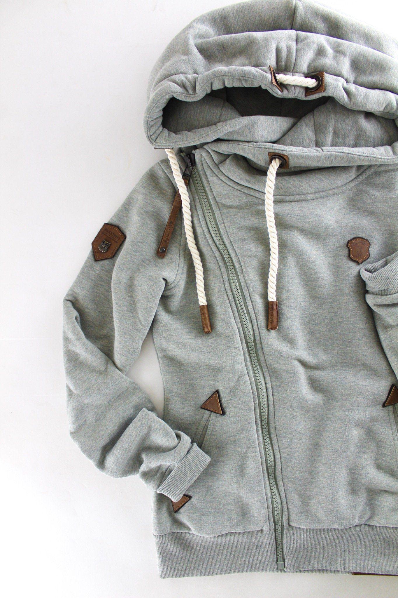 NAKETANO •brave new world• sweatshirt