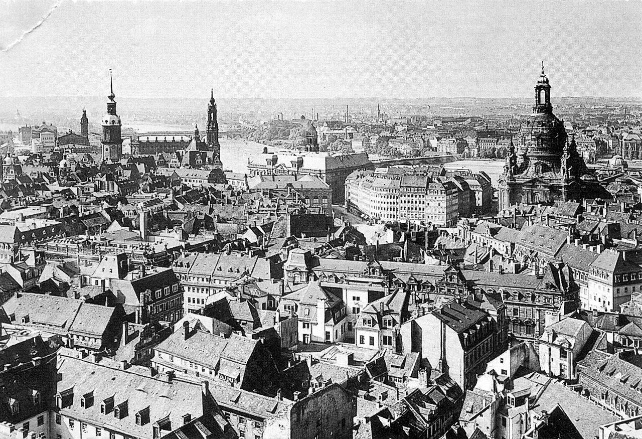 Dresden Blickvomrathausturm1910 Bombing Of Dresden Wikipedia Dresden Bombing Dresden Dresden Germany