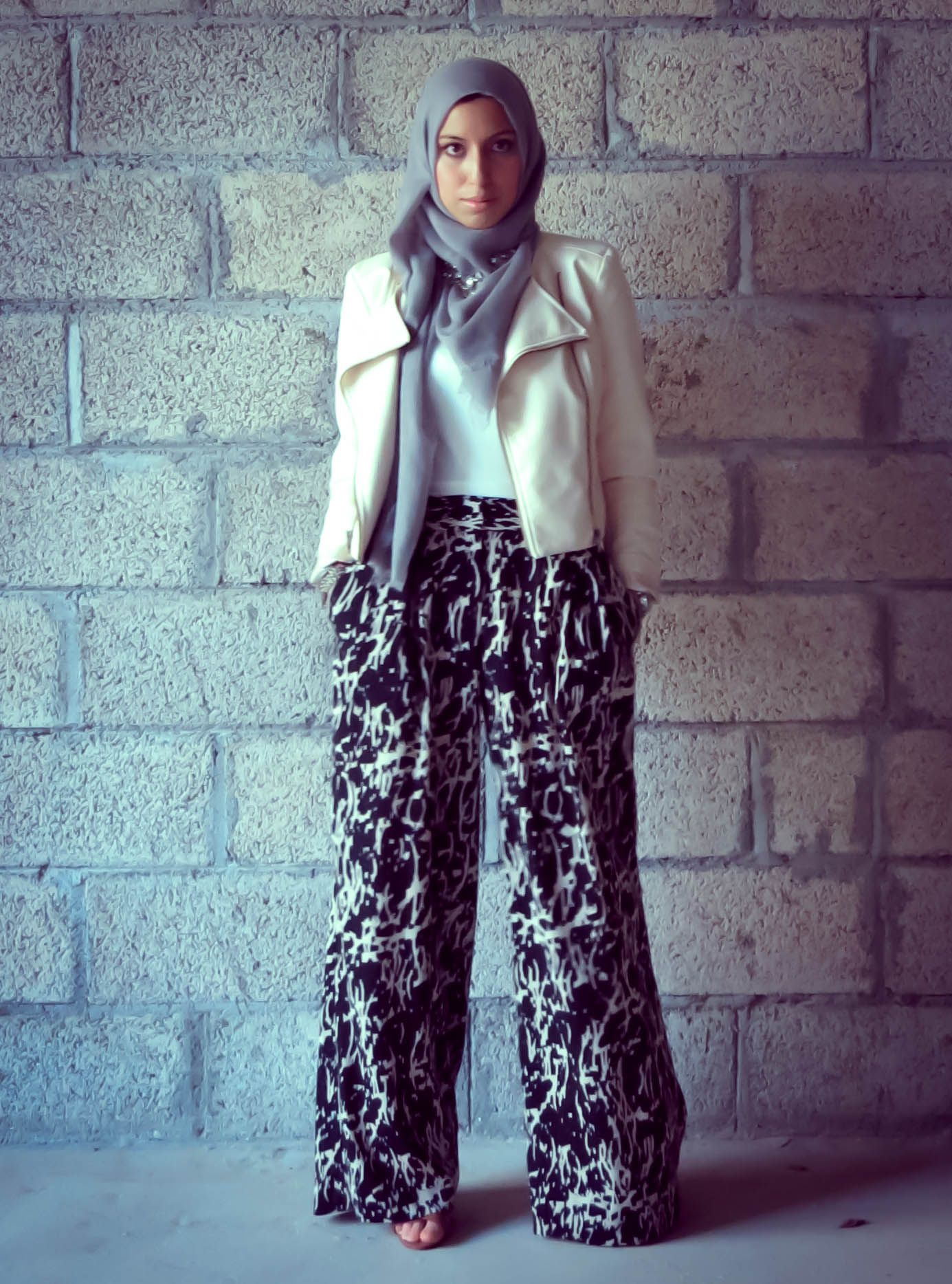 Leather jacket hijab - Muslima Hijab Styles