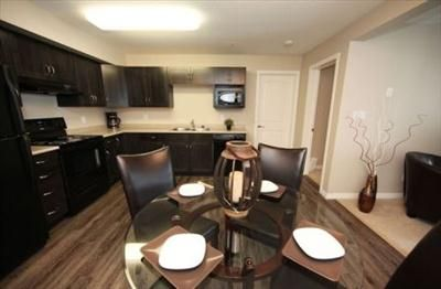Edmonton Apartments Edmonton Apartment Guide With Pictures Making It Easy To See Your Apartment Rental With Images Apartment Guide Apartments For Rent Two Bedroom Suites
